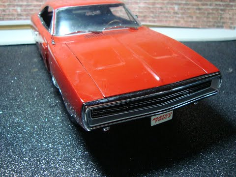 Review of a 1:18 1970 Dodge Charger R/T SE by Racing Champions