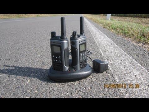 Motorola Walkie Talkie TLKR T80 Range Test 2013