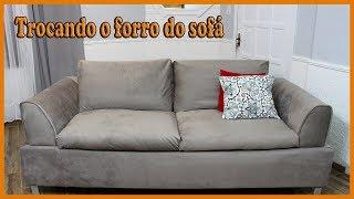 Trocando o forro do sofá para fazer a decoração de inverno