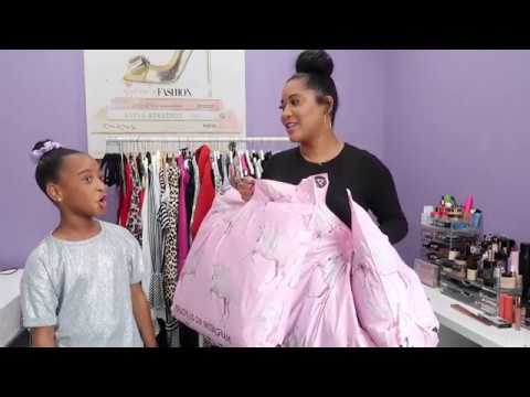 [VIDEO] - Pretty Little Things Winter 2019 Haul   My Daughter Rates My Outfits   Jackets & Coats Haul 8