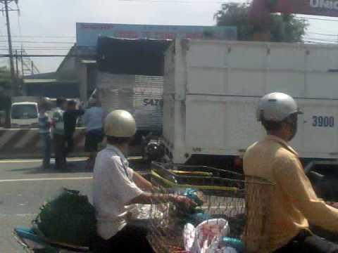 Tai nạn giao thông - HaL - www.MayTinhSaiGon.com - (08) 22 39 28 35