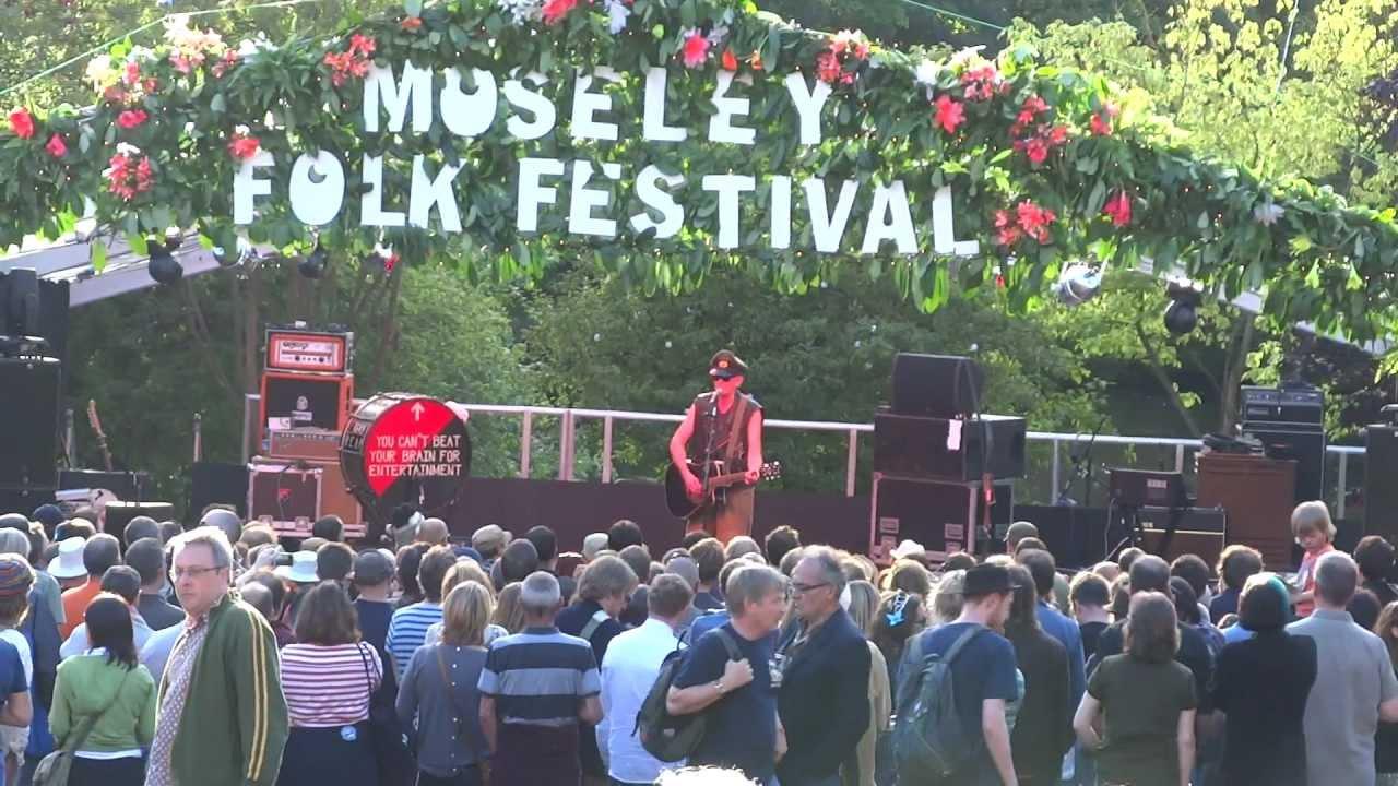julian-cope-robert-mitchum-moseley-folk-festival-1st-september-2012-steve-daffern