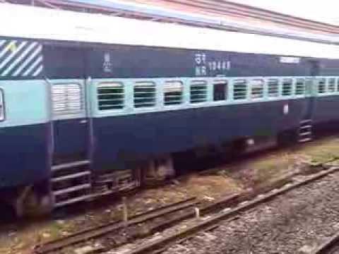 Indian Railways At Lahore Pakistan (samjhota express rake )