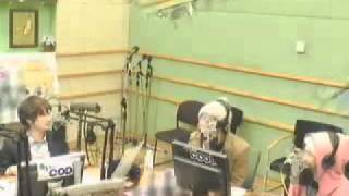 Download [20101201] kiss the radio special DJ onew 4/6 MP3 song and Music Video