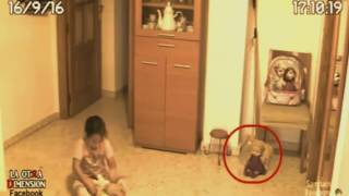 astaga !! sang ayah pasang camera CCTV di rumah karena anaknya bilang di ganggu sesuatu