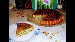 Заливной пирог с зеленым луком и яйцом.