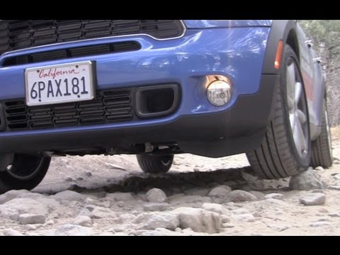Top 4 Crossovers that can never go off-road