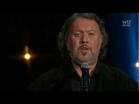 Bjørn Eidsvåg - Eg ser (Live Minnesceremoni Oslo 2011)