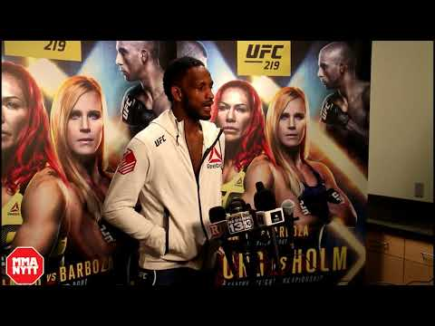Neil Magny Breaks Down In Tears During Post Fight Interview l UFC 219