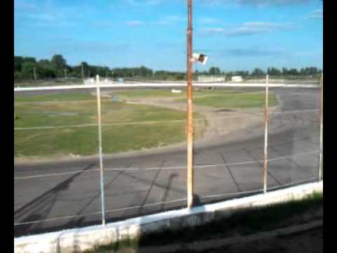 New paris speedway practice
