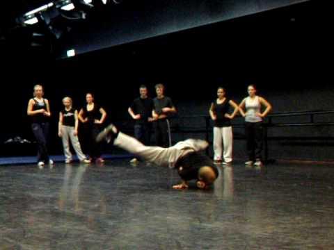 maarten en pdb, breakdance 'show'