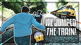 Cover images WE JUMPED ON A TRAIN!! 😨