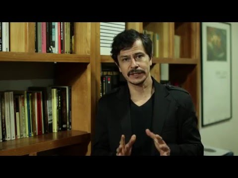 El actor, Gustavo Sánchez Parra los invita a apoyar a Crea tu Mundo