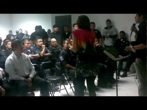 June Ford comparte a Policias de Guadalupe Nuevo Leon