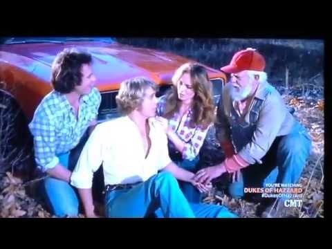 Dukes of Hazzard S3E14 - Bo Duke falls, hits head, fights with Luke, injures head (UNCONSCIOUS)