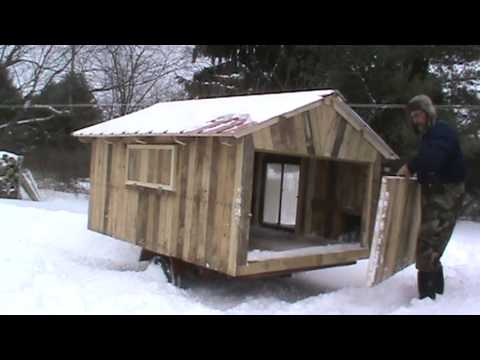 Free range chicken coop made mostly of free pallets for Free range chicken coop plans