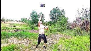 Силовое жонглирование гирями slow mo)