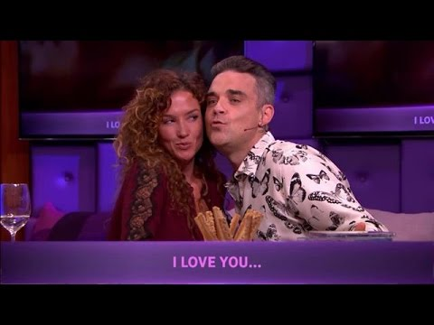 Robbie doet romantisch karaoke duet met Katja - RTL LATE NIGHT