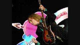 Tom Petty -  Mind With A Heart of Its Own