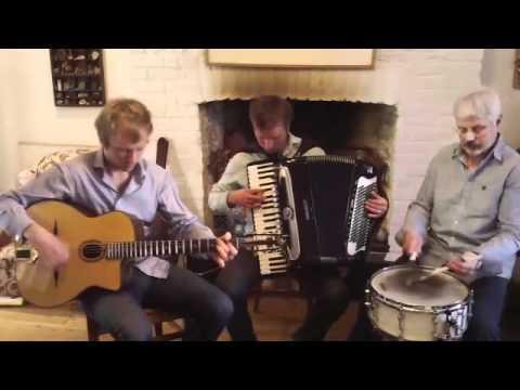 Mysterieuse accordion waltz by Mirek Salmon, David Archer and Trevor Davies