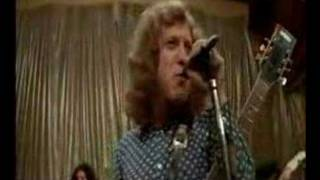 Slade - Them Kinda Monkeys Can