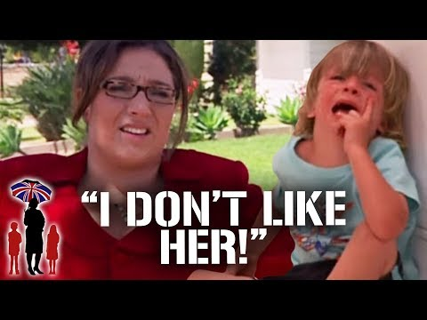 Jo Frost Runs In the Middle of the Road To Rescue Kid | Supernanny