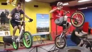 Галилео СТС, видео обзор велосипедов(Закажите в интернет-магазине http://www.hubster.ru велосипед для себя и своих детей! Наш сайт http://www.hubster.ru Мы в Контак..., 2014-03-12T08:25:17.000Z)