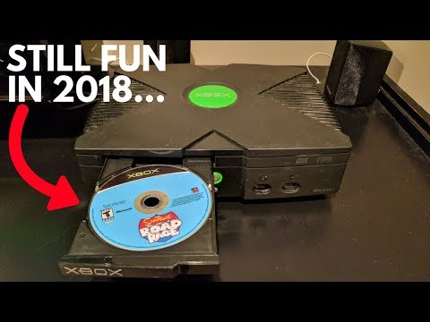 What Happens When You Play The ORIGINAL XBOX IN 2018?? (Futuristic...)