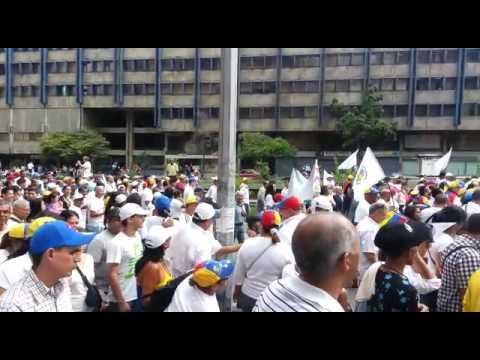 Masiva marcha opositora en la avenida Libertador de Caracas: Fotos