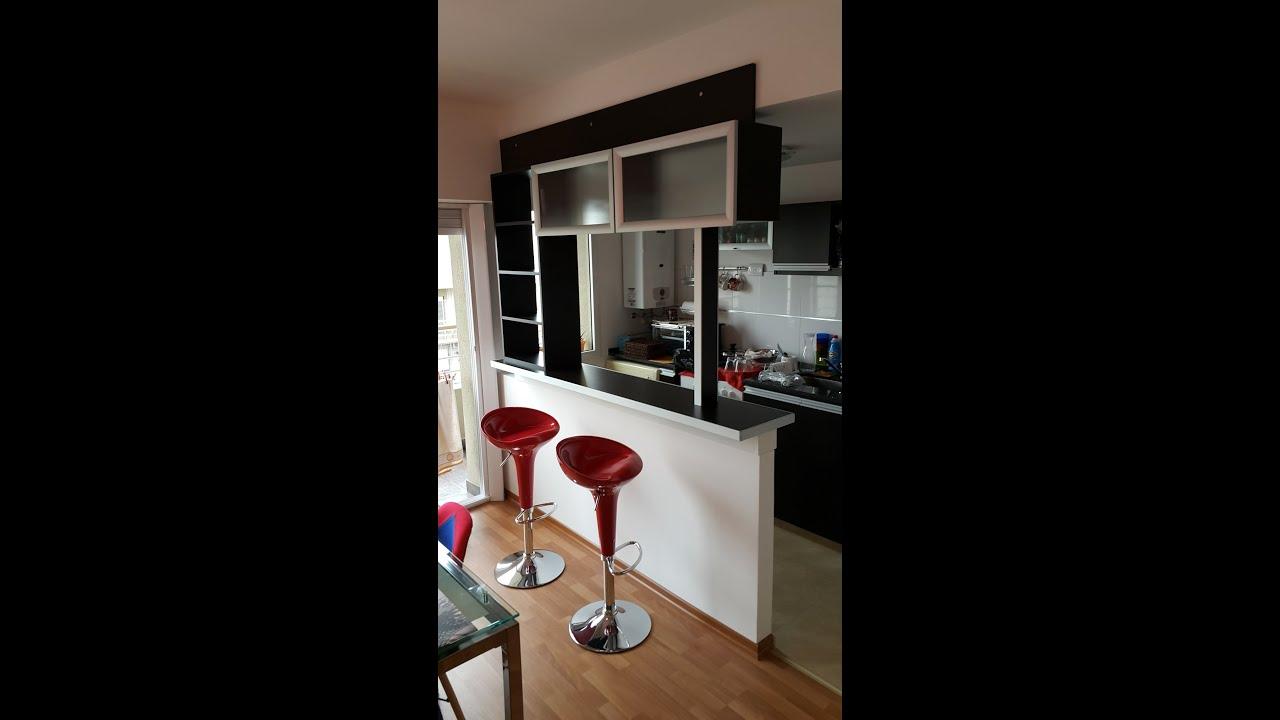 Desayunador alacena vidriadas divisor cocinas for Cocinas integradas
