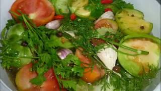 Самая простая засолка зеленых и бурых помидоров