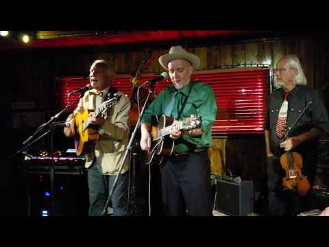 Three Little Words - John Reynolds w/ Dave Stuckey & The 4 Hoot Owls