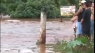 O Dia da enchente 24-01-2007 - HUBLER LOPES PATROCÍNIO PAULISTA