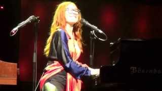 Tori Amos - In the springtime of his voodoo (Live in Milano @ Teatro Nazionale)