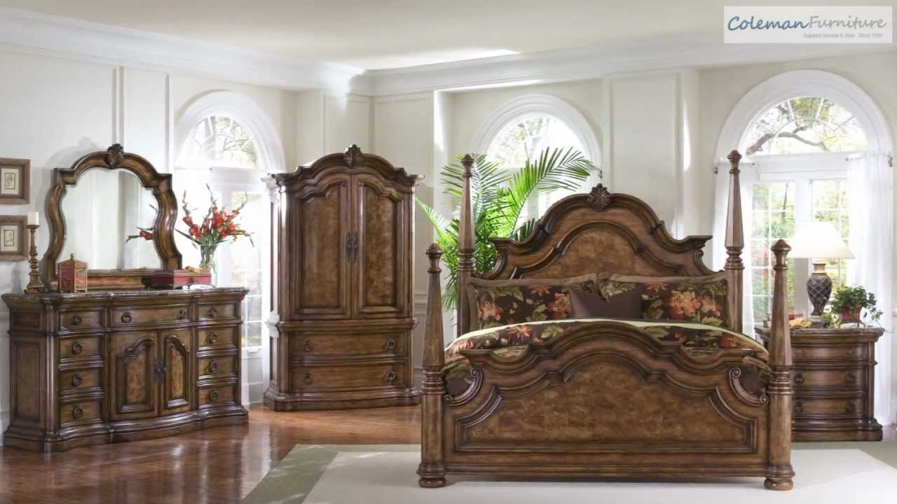 San mateo poster bedroom collection from pulaski furniture for Furniture 4 less outlet