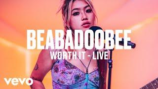 beabadoobee - Worth It (Live) Vevo DSCVR