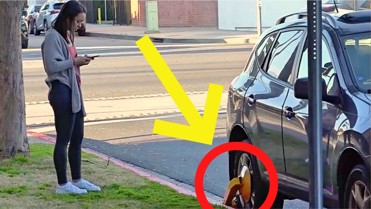 TROLLING Badly Parked Cars | NEVER DO THIS | Female PUBLIC MAGIC COMPILATION 2020