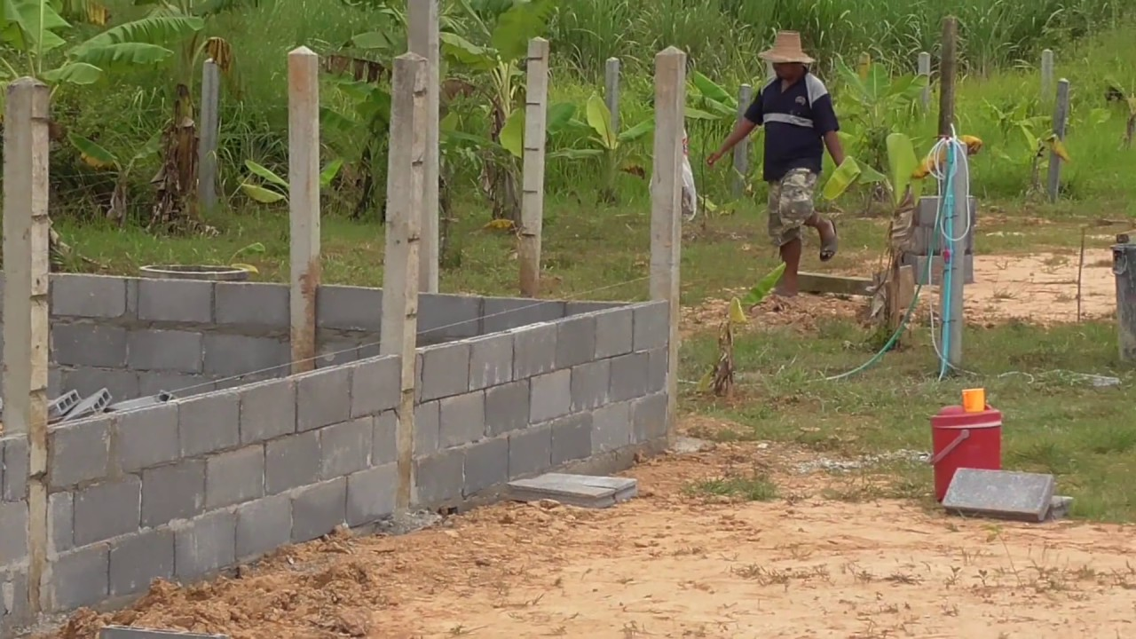 Building a  Secure area for Chickens and Ducks at our new home in UdonThani