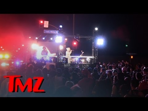 Kendrick Lamar Does Free Show ... On the Back of a Moving Truck! | TMZ