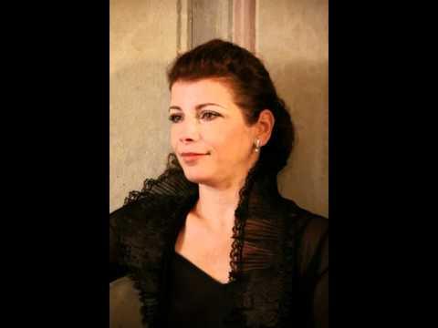 Brahms Hungarian Dance No. 20 / Marta Abraham violin