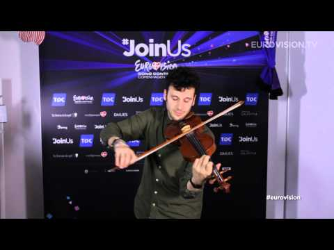 Video Snack: Sebalter fiddles to Fairytale and Hunter Of Stars (Switzerland)