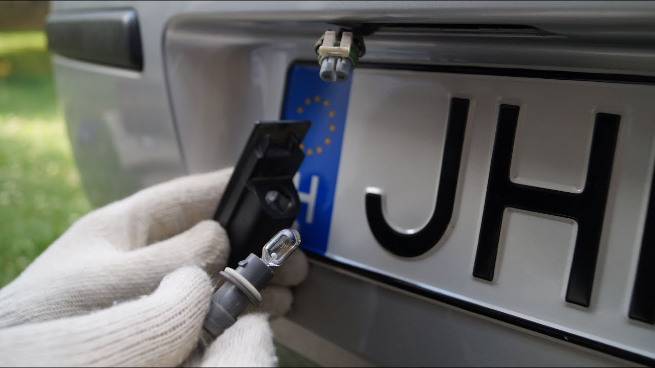 How Replace License Plate Light Bulb