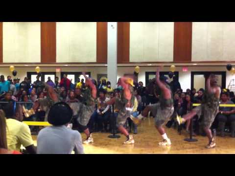 Omega Psi Phi  Beta Kappa Chapter WVU Partywalk competition (round 2)