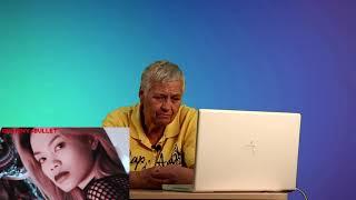 Реакция бабушки на  FACE - БУРГЕР