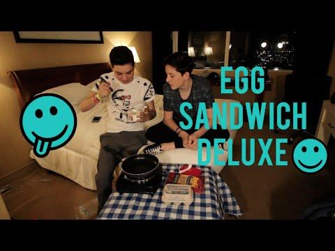 EGG SANDWICH DELUXE W/ SAM POTTORFF