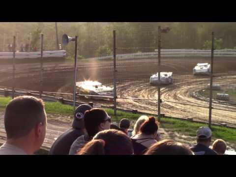 Hummingbird Speedway (6-17-17): Swanson Heavy Duty Truck Repair Semi-Late Model Heat Race #2