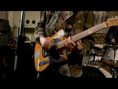 LoneLady - Full Performance (Live on KEXP)