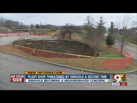 Anderson Township shop faces massive sinkhole again