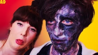 My Girlfriend does my Make Up *Zombie Edition*