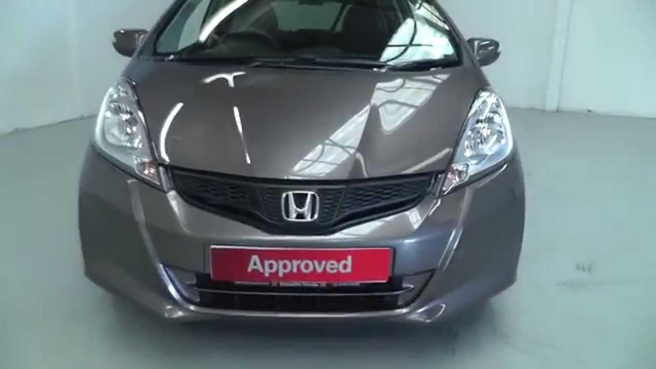 Honda Jazz 1 4 Es In Urban Titanium Metallic Video
